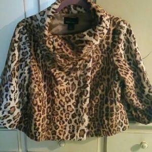 Moda Faux Fur cropped Swing Leopard jacket S 4 6